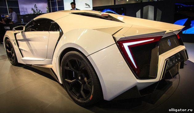 Арабский суперкар W Motors LykanHypersport