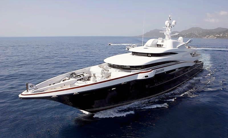 Яхта Анастасия