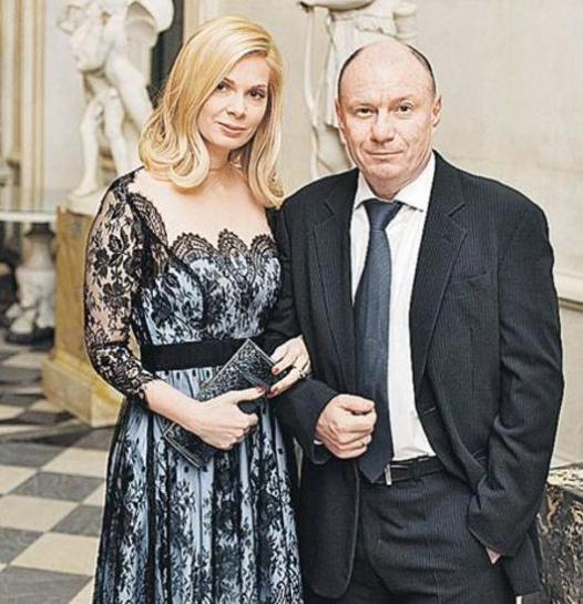 Картинки по запросу Владимир Олегович Потанин с женой