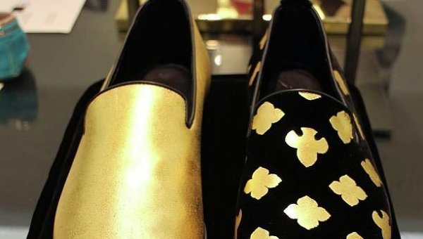 Золотые туфли